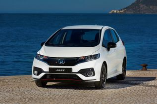112159_honda_reveals_fresh_look_and_new_engine_option_for_jazz_supermini
