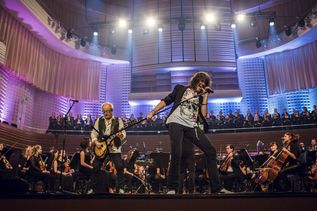 Foreigner and Orchestra